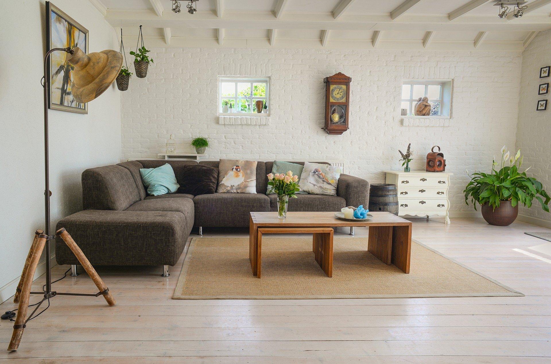 20 living-room-2732939_1920